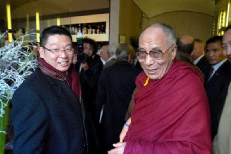 His Holiness the Dalai Lama and Dr. Yang Jianli meet in Prague, Czech Republic